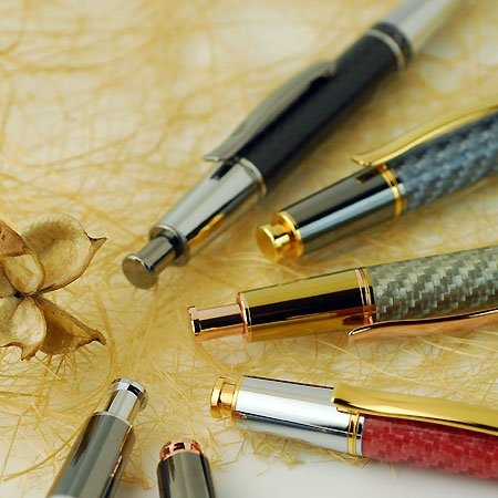Aero Click Ballpoint Pen Kit - Chrome & 10K Gold. Clicker Close Up.